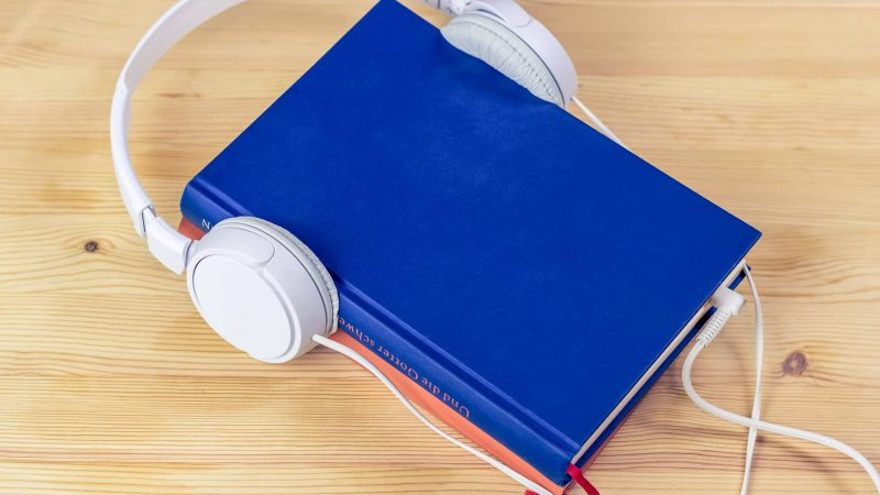 10 Bestseller  Audiobooks For Social Media Marketing 2020